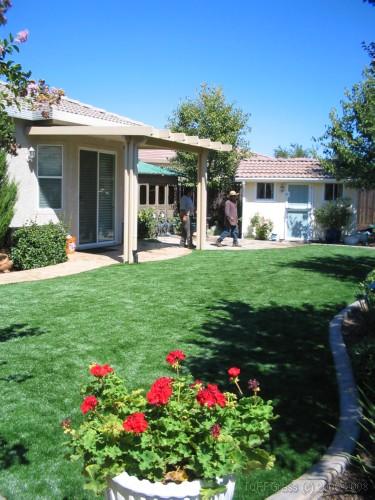 tn-artificial-grass-lawn (56)