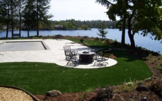 LAKESIDE ARTIFICIAL GRASS LAWN (78)