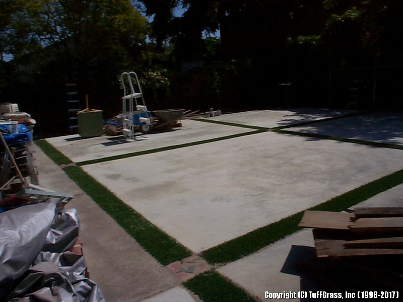 ARTIFICIAL-GRASS-CEMENT-CONCRETE (32)