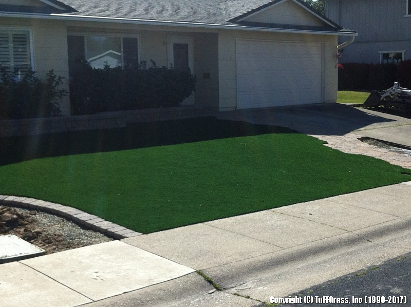 ARTIFICIAL-TURF-GRASS-FROM-TUFFGRASS (31)