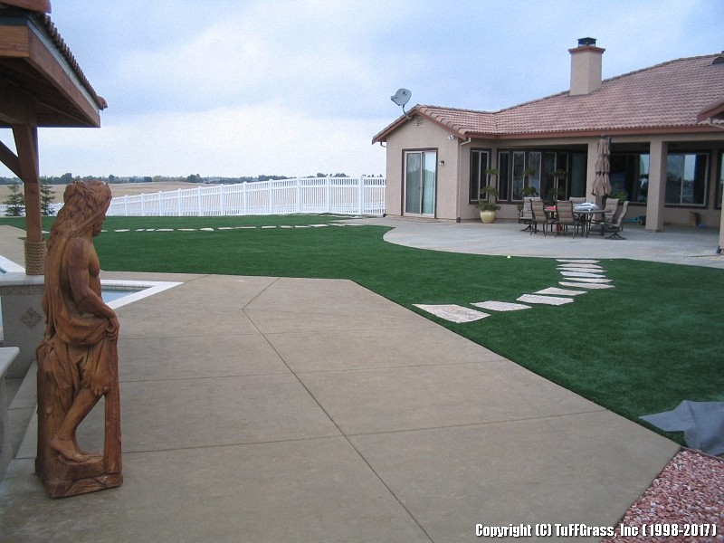 ARTIFICIAL-TURF-GRASS-FROM-TUFFGRASS (52)