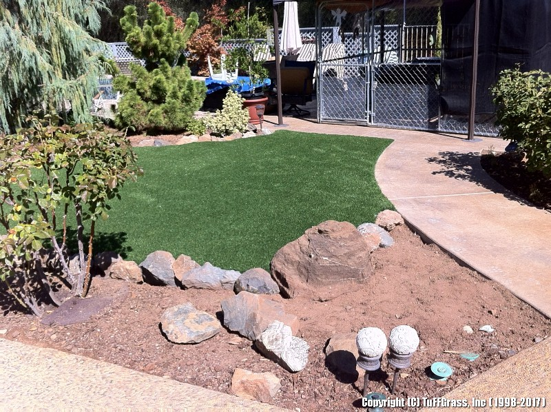 ARTIFICIAL-TURF-GRASS-FROM-TUFFGRASS (6)