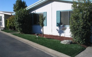 MOBILE HOME FRONT LAWN - ARTIFICIAL GRASS