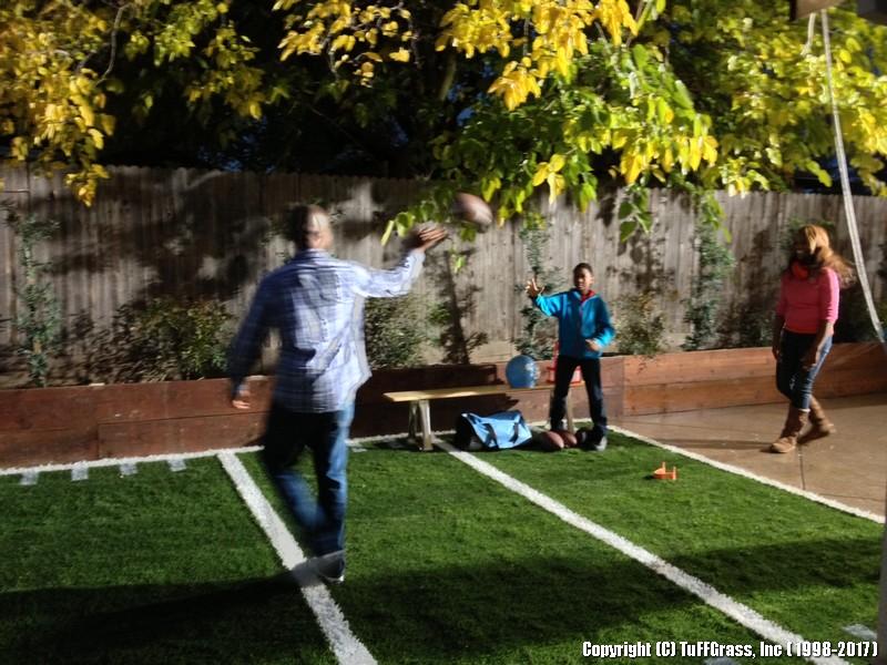 Artificial-Grass-Football-Practice (1)