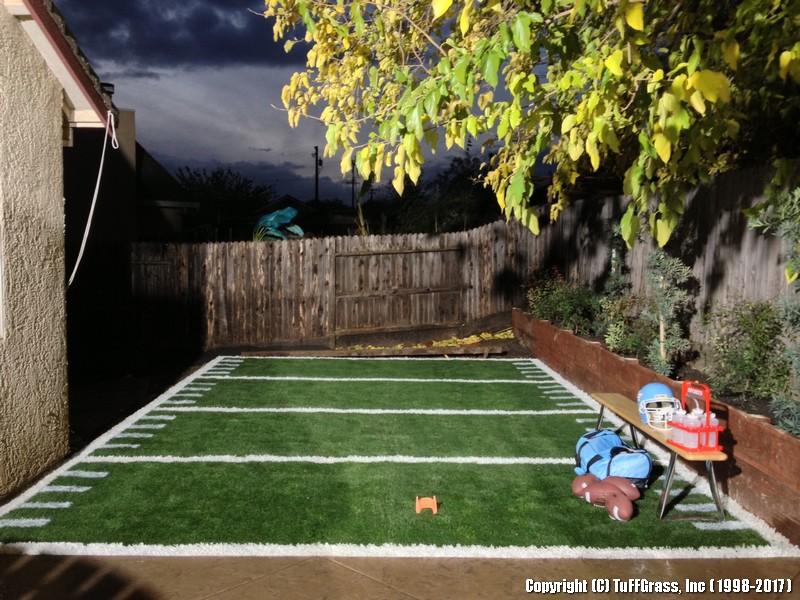 Artificial-Grass-Football-Practice (3)