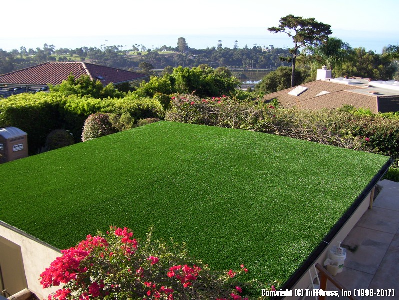 TUFFGRASS-ARTIFICIAL-TURF-GRASS-ON-ROOFS (9)