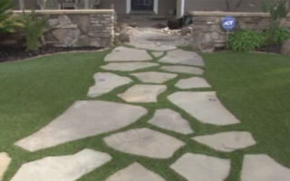 artificial grass lawns 2017 - front yard with flagstone pathway
