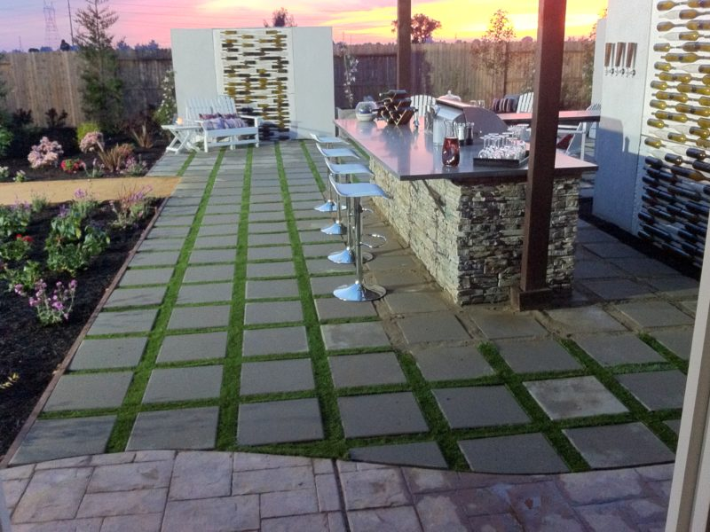 Yard Crashers - Artificial grass patio stone project