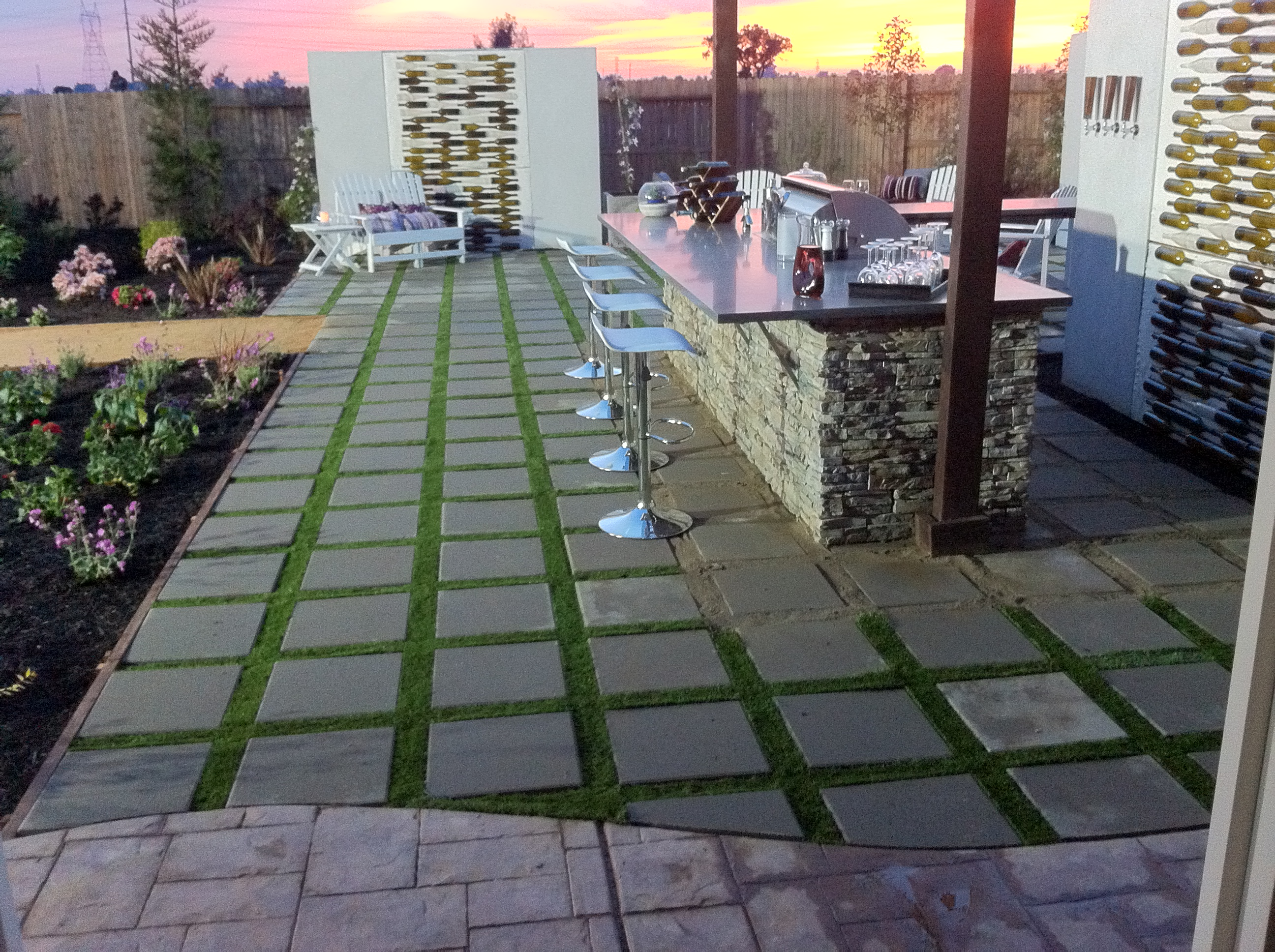 Attirant Patio Stones And Artificial Grass | Artificial Grass Installer | TuFFGrass