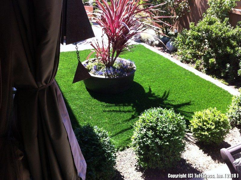 Artificial-turf-grass-LAWNS-C 6