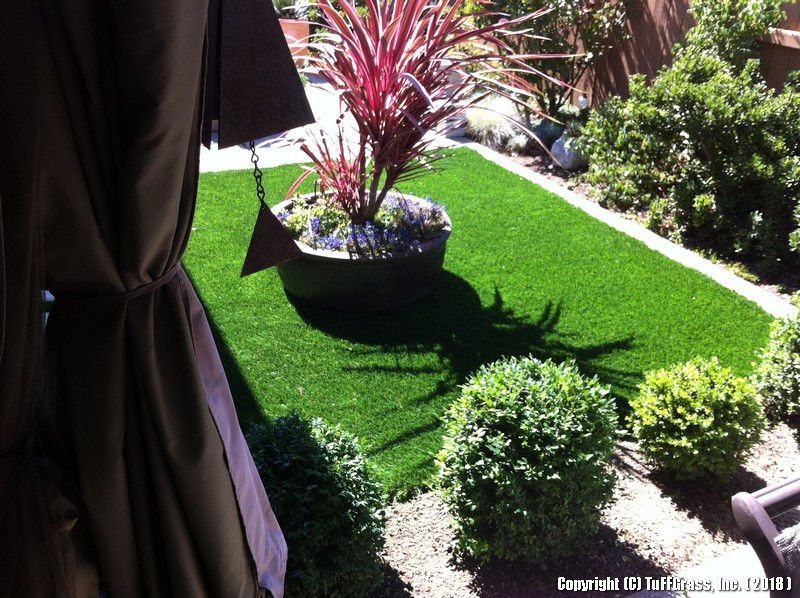 Artificial-turf-grass-LAWNS-C 6